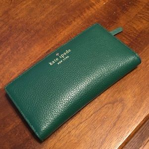 Green Leather Kate Spade Snap Wallet
